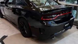 Dodge Charger SRT Hellcat Startup - CIAS2015