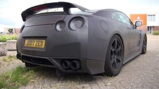 1400HP Nissan GT-R JM1400R - Start, Revs, Flames, Accelerations!